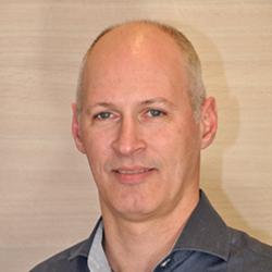 John Golsteijn, manager services laurentius ziekenhuis bij Laurentius Ziekenhuis