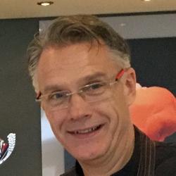 Marcel Janssen, eigenaar bij IJssalon Florence